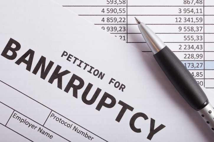 Why You Shouldn't File For Bankruptcy Alone