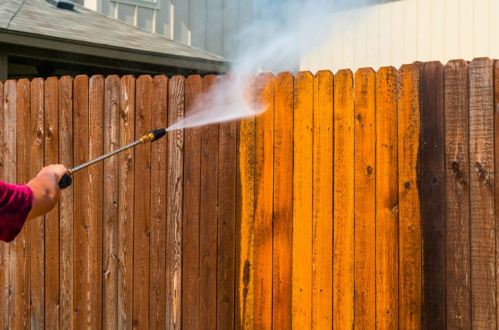 What to Look For When Hiring a Pressure Washing Service